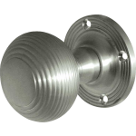 JR6M Satin Chrome Reeded Door Knob Set