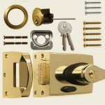 60mm Brass Double-Locking Nightlatch